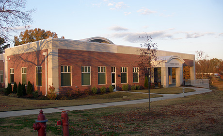 Dyersburg State Community College Student Center - Dyersburg, TN
